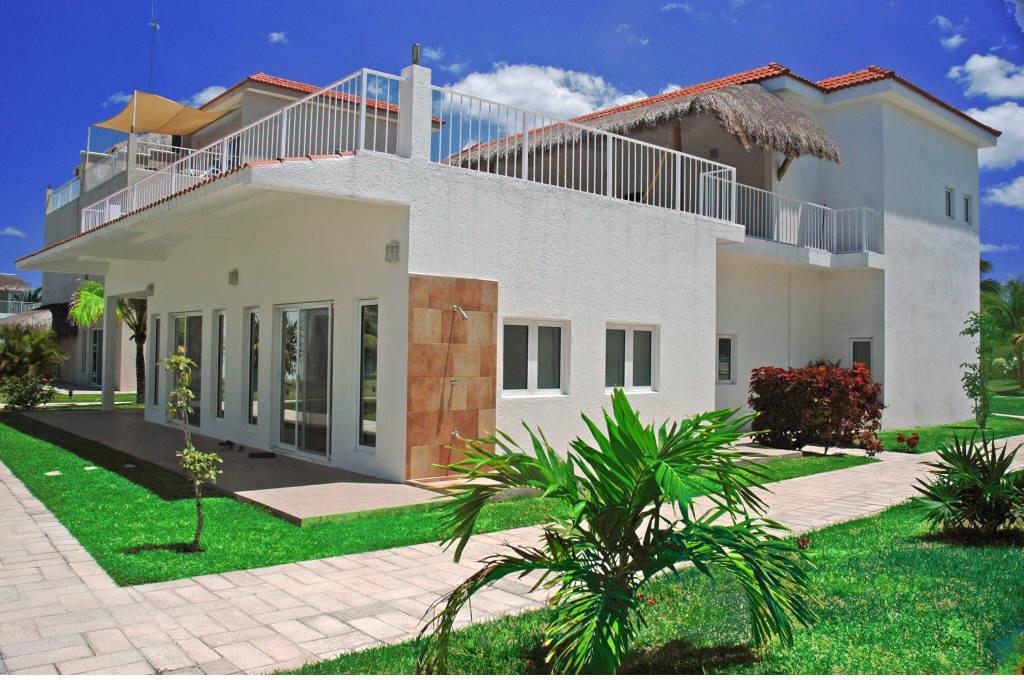 Cozumel Villa Rental Front Entreance Villa Coralina