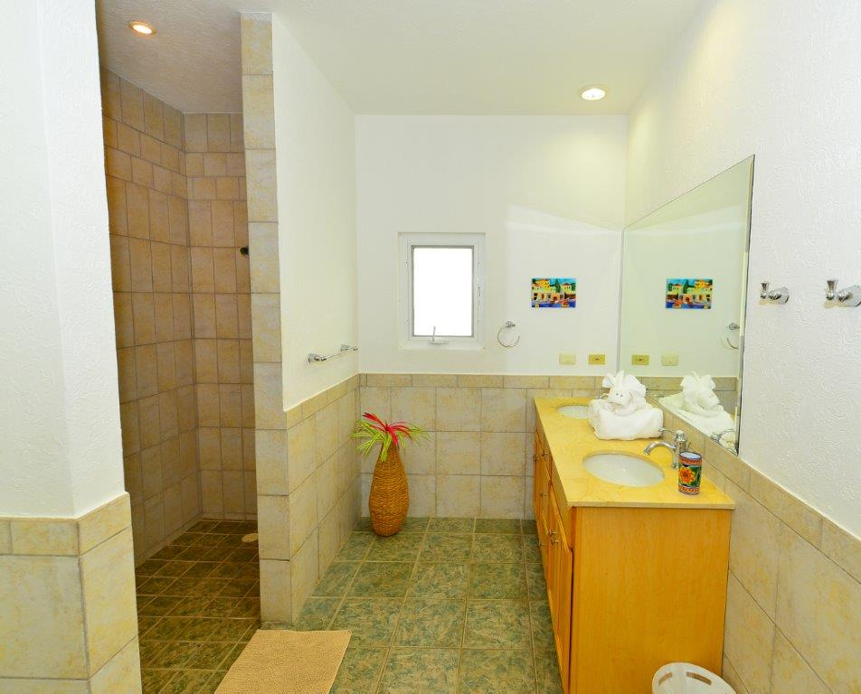 Cozumel Villa Coralina Master Bathroom 2