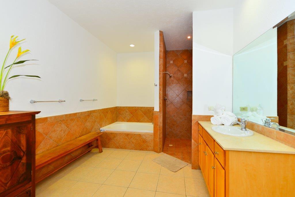 Cozumel Villa Coralina Master Bathroom 1