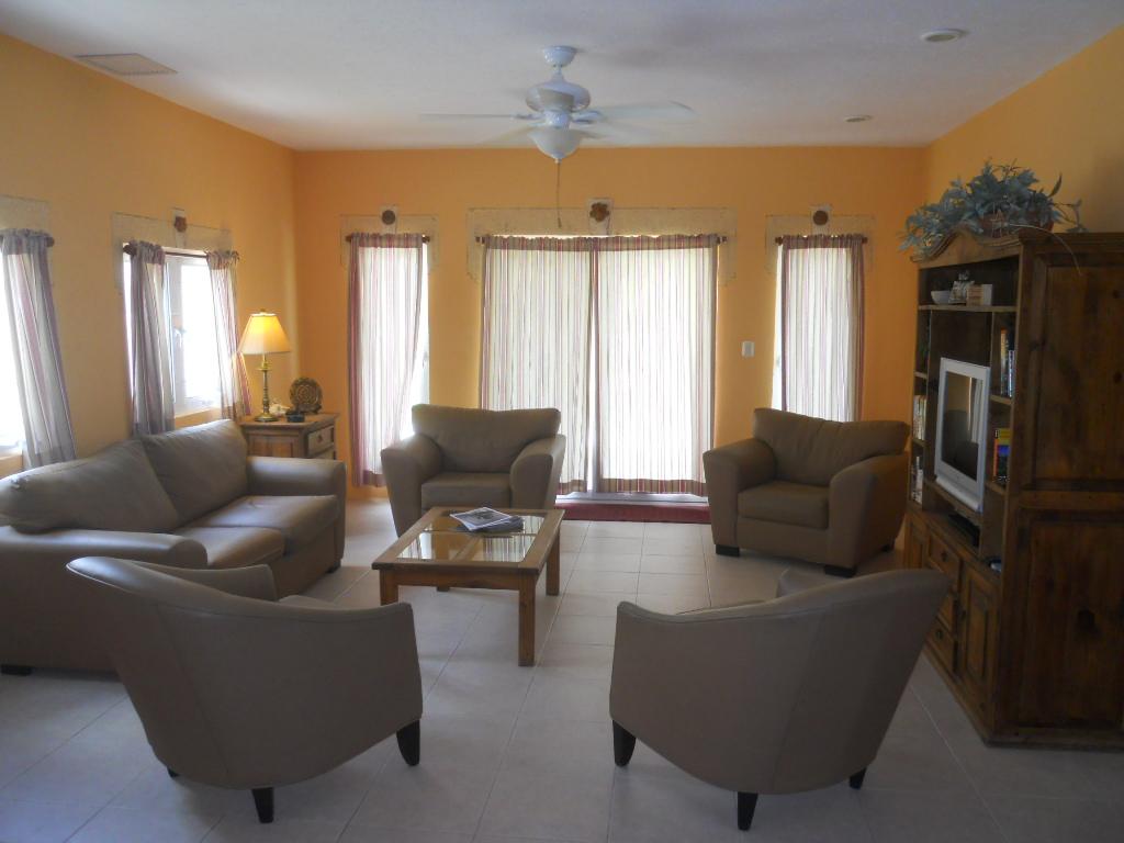 Villa Coralina Living Room